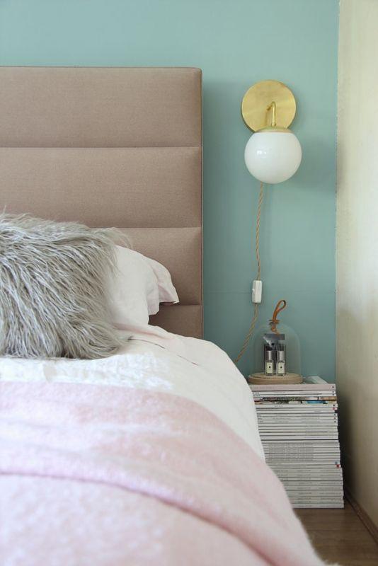 desain kamar tidur kontemporer feminim