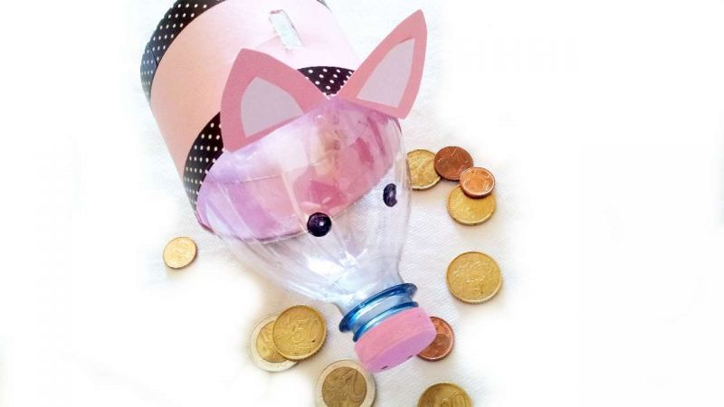 Mainan dari Botol Bekas - Celengan Babi