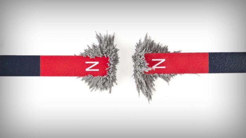 ciri-ciri magnet kutub yang sama akan saling tolak menolak