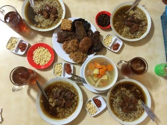 Rawon Nguling Kuliner Legendaris Malang