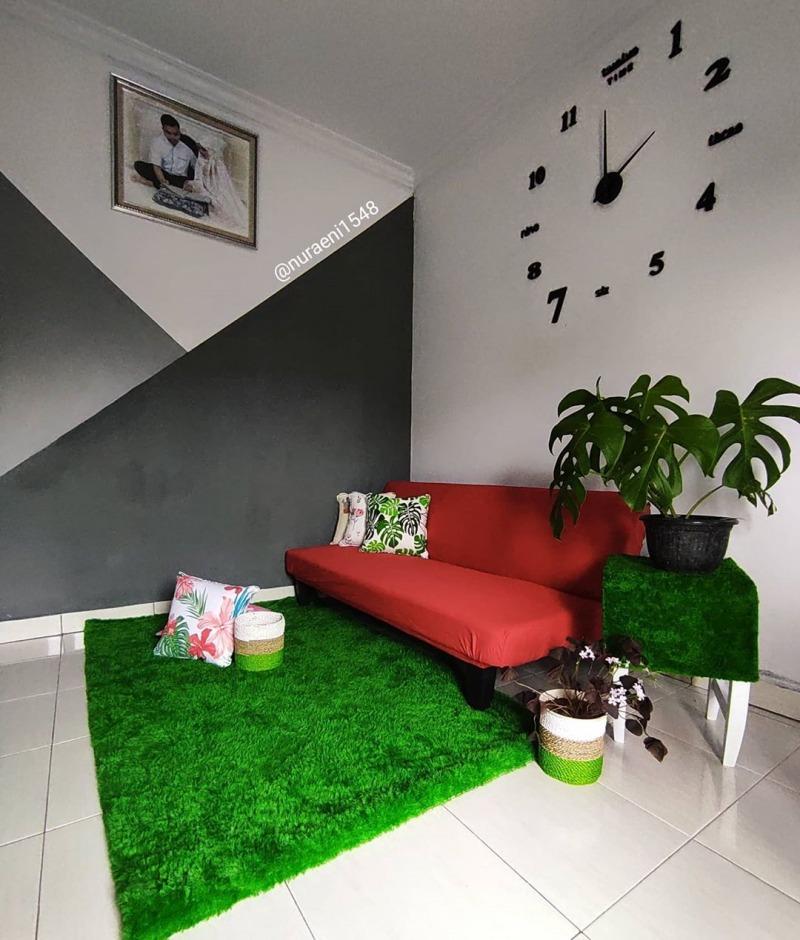Bisa Pilih Lesehan atau Duduk di Sofa